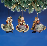 Old World Santa Ornament Set 4